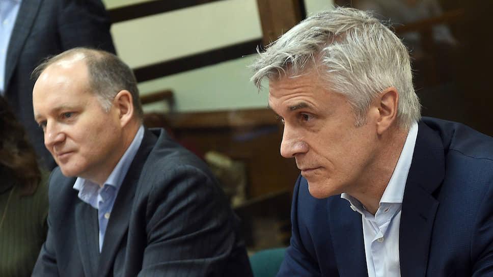 Основатель инвестиционной компании Baring Vostok Майкл Калви (справа) и директор финансового департамента Baring Vostok Филипп Дельпаль