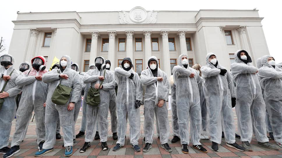 Как власти Украины спасают нацию от коронавируса