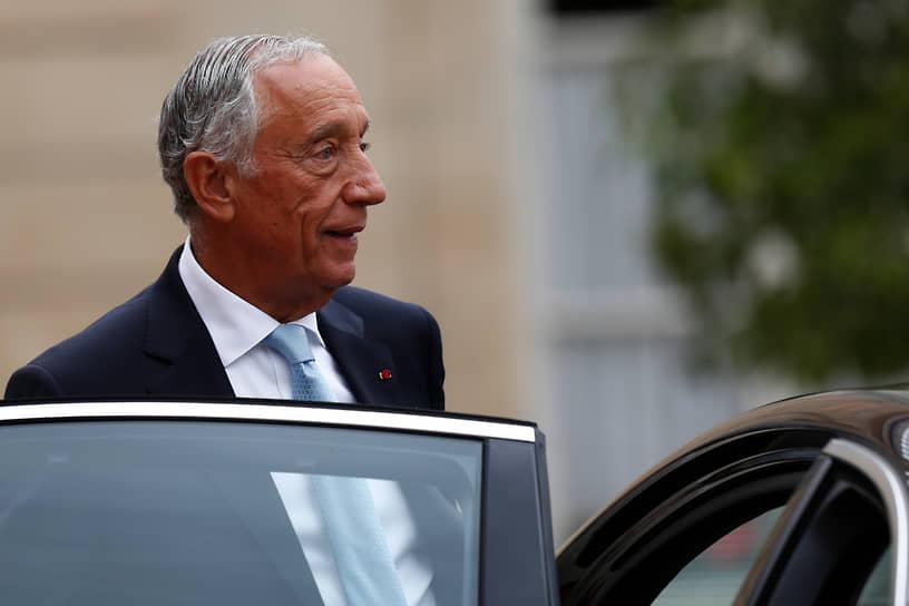 12 января COVID-19 был выявлен у президента Португалии Марселу Ребелу ди Соузы. Симптомов заражения у главы государства нет, он находится на самоизоляции