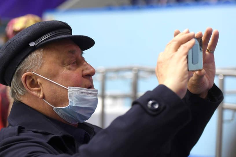 11 января заслуженный тренер России по фигурному катанию Алексей Мишин сообщил, что заразился коронавирусной инфекцией. Госпитализация ему не потребовалась