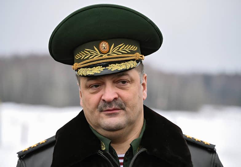 25 ноября стало известно, что врио главы Дагестана Сергей Меликов заболел коронавирусом и ушел на самоизоляцию. 2 декабря он был госпитализирован, затем переведен для дальнейшего лечения в одну из больниц Москвы