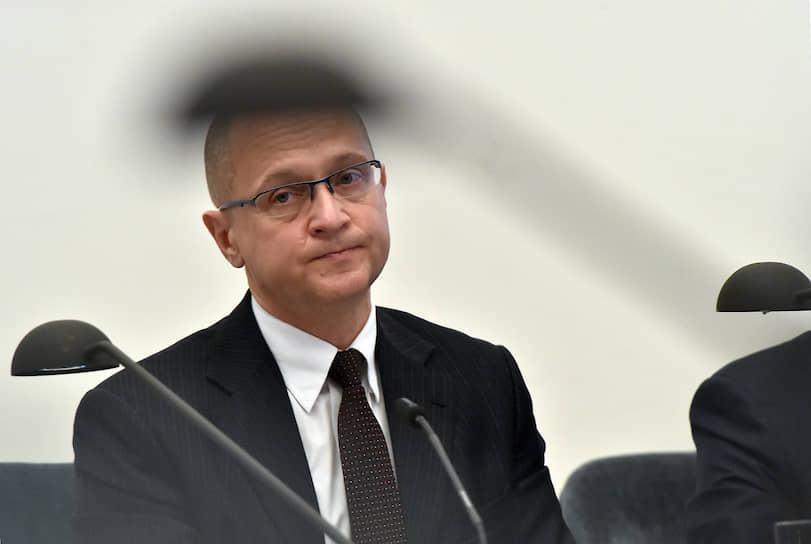 3 сентября первый заместитель руководителя администрации президента РФ Сергей Кириенко заявил, что перенес новый коронавирус, поэтому пока не планирует вакцинироваться