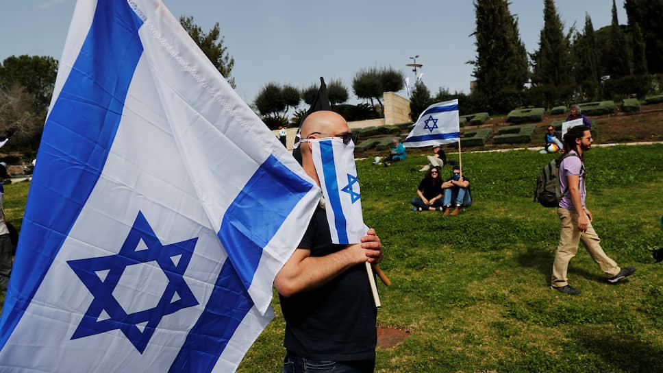 Коронавирус проник в израильскую политику