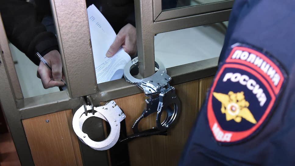 Сакское создание  / В Крыму закончили дело гражданина, обвиняемого в подготовке взрыва администрации города