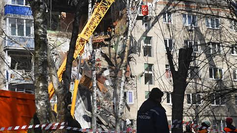 Газ оказался опаснее вируса  / В Подмосковье взрывом разрушен подъезд пятиэтажки