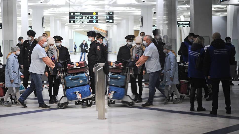 Правительство сделает правильные вывозы / Как будут возвращать заблокированных за границей россиян и сколько им заплатят