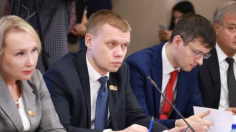 Тест сдал, тест принял  / Двое депутатов Мосгордумы заразились коронавирусом