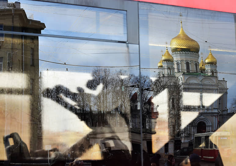 Обработка салона трамвая в Санкт-Петербурге