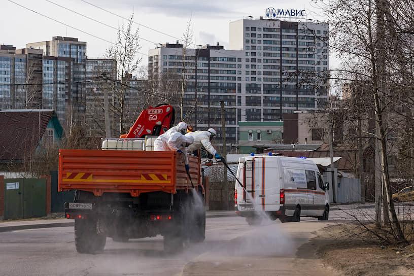 Дезинфекция улиц в городском поселении Мурино Ленинградской области