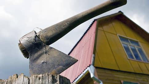 Россияне вернулись на дачи  / На фоне пандемии коронавируса резко вырос интерес к загородной недвижимости