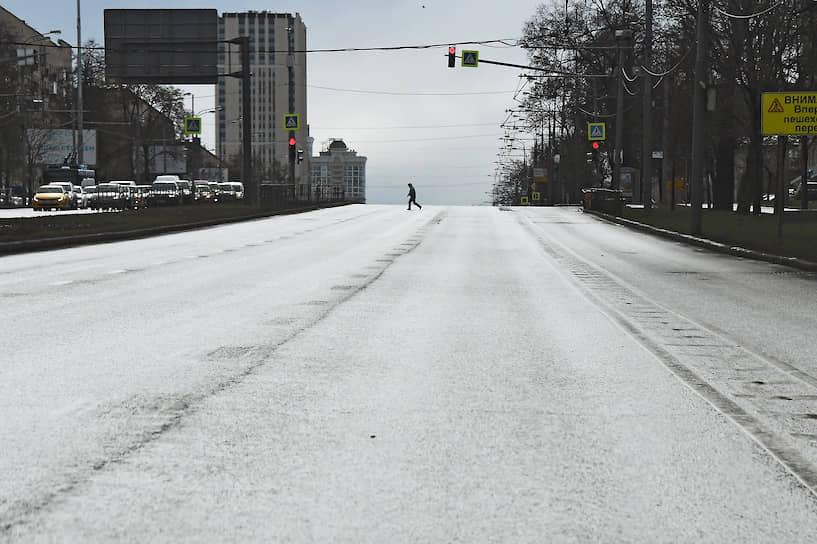 Загруженность московских дорог в конце недели стала на 75% ниже, чем до введения режима самоизоляции