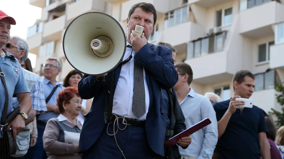 Депутат Михаил Матвеев