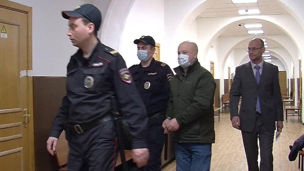 Офицеры МВД заступились за арестованных генералов