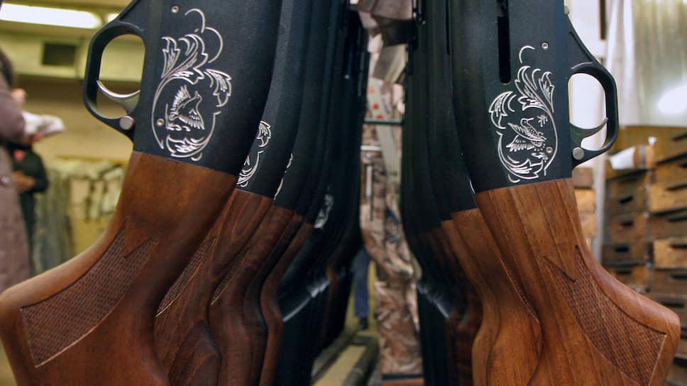 Разрешениям на оружие продлили срок