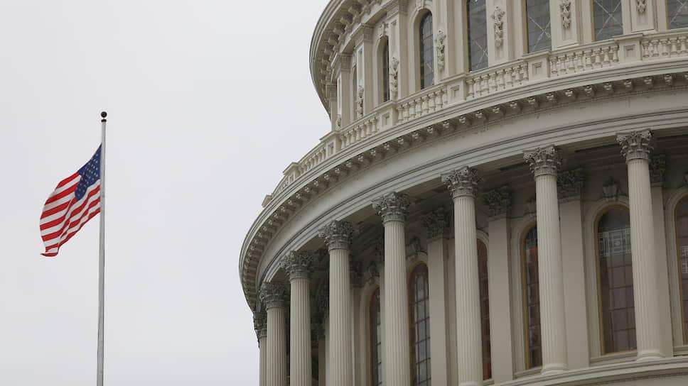 Комитет Сената США поддержал выводы разведки о российском вмешательстве в выборы