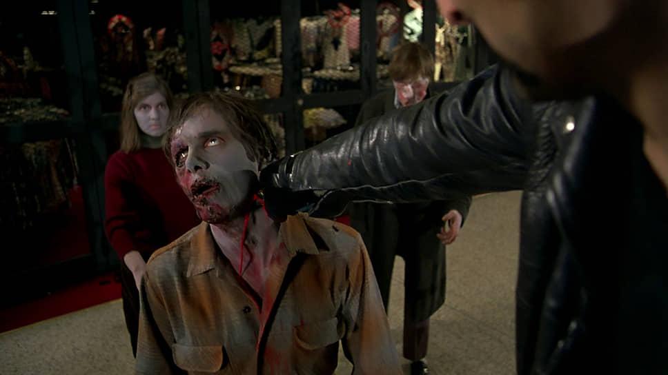 Кадр из фильма Джорджа А. Ромеро «Рассвет мертвецов» (1968 год)