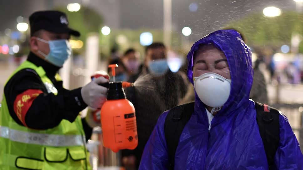 В Китае во время пика эпидемии вводили смертную казнь для тех, кто нарушал карантин и способствовал распространению вируса и гибели людей