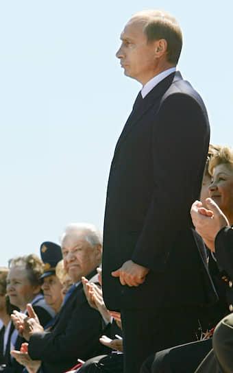 12 июня 2004 года. Во время празднования Дня России на Красной площади