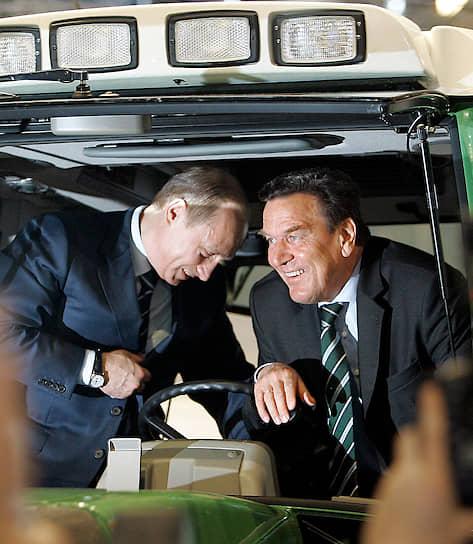 10 апреля 2005 года. С канцлером ФРГ Герхардом Шрёдером на открытии Ганноверской промышленной ярмарки