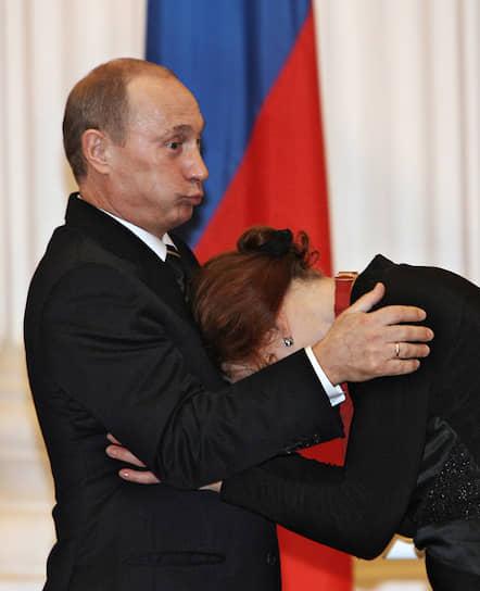 6 октября 2006 года. С актрисой Ниной Ургант на вручении наград в Кремле