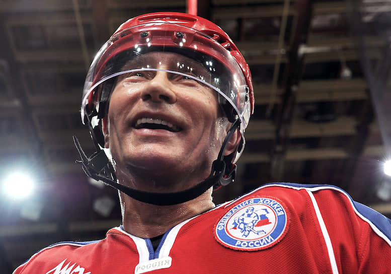 15 апреля 2011 года. На хоккейной тренировке в «Лужниках»