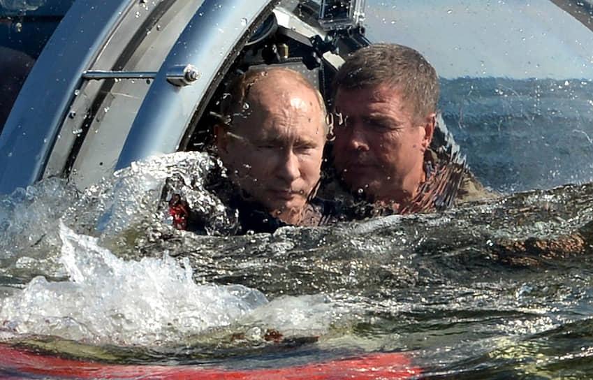 15 июля 2013 года. Во время погружения на аппарате «Си-эксплорер-5» к фрегату «Олег», затонувшему в Финском заливе в 1869 году