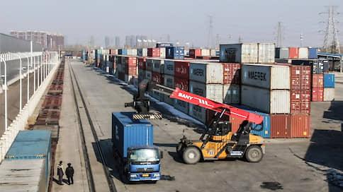 Китайский экспорт оживился в апреле  / При этом импорт страны сократился на 14,2%