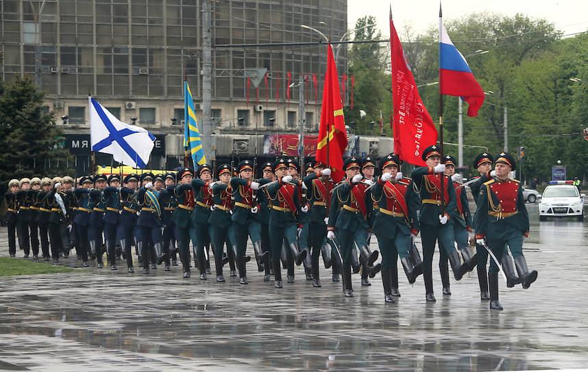 Парад в честь Дня Победы в Ростове-на-Дону