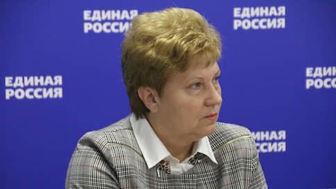 Покойному сенатору замену искать не надо  / У губернатора Николая Любимова есть кандидат в Совет федерации
