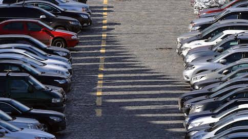 Парковки, зараза, дорогие  / Минэкономики поддерживает идею снижения парковочных тарифов на время эпидемии
