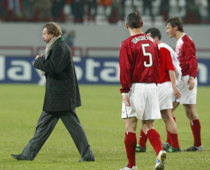 В 1998 и 1999 годах «Локомотив» доходил до полуфинальной стадии Кубка обладателей кубков
