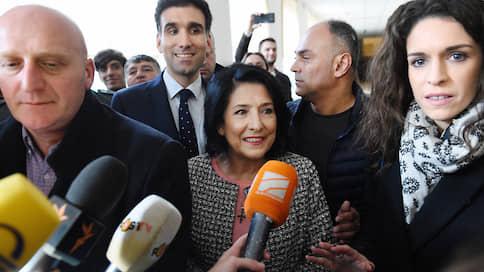 «Я приняла решение о помиловании тех, кого большинство считает злодеями»  / Президент Грузии объяснила освобождение оппозиционеров желанием избежать кризиса в стране