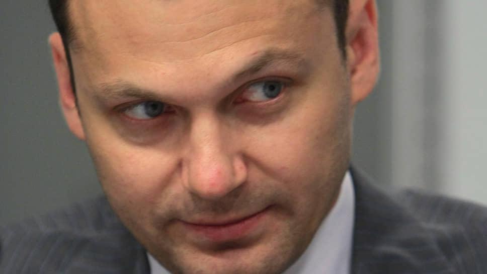 Экс-владелец Инвестбанка Сергей Менделеев
