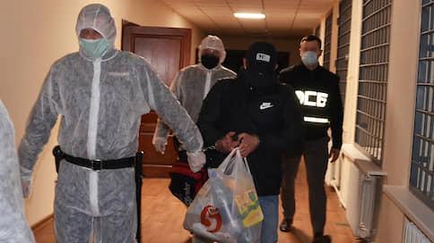 Подполковник наговорил на задержание начальника  / Следователь в Брянске подозревается в крупной взятке