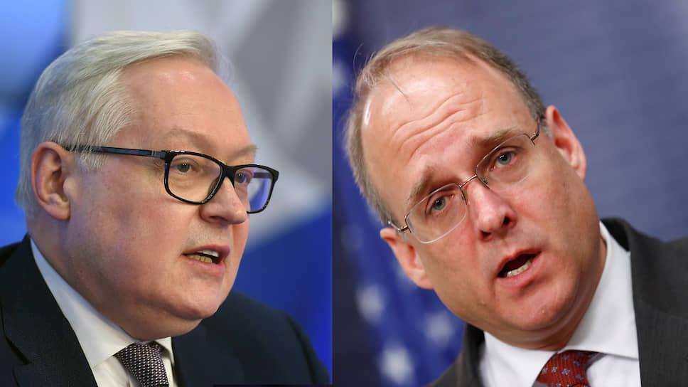 Замглавы МИД РФ Сергей Рябков (слева) и спецпредставитель президента США по контролю над вооружениями Маршалл Биллингсли