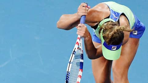 Туры занялись благотворительностью  / Теннисисты с низким рейтингом получают материальную помощь