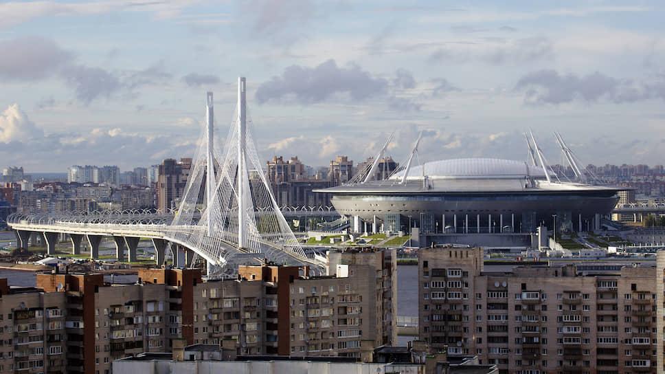 С 22 апреля 2017 года домашней ареной «Зенита» является стадион «Газпром Арена». Его строительство обошлось в сумму около 45 млрд руб., что сделало стадион самым дорогим в России. Сам клуб также является самым дорогим в стране по трансферной стоимости игроков — €164,6 млн (по данным Transfermarkt на май 2020 года)