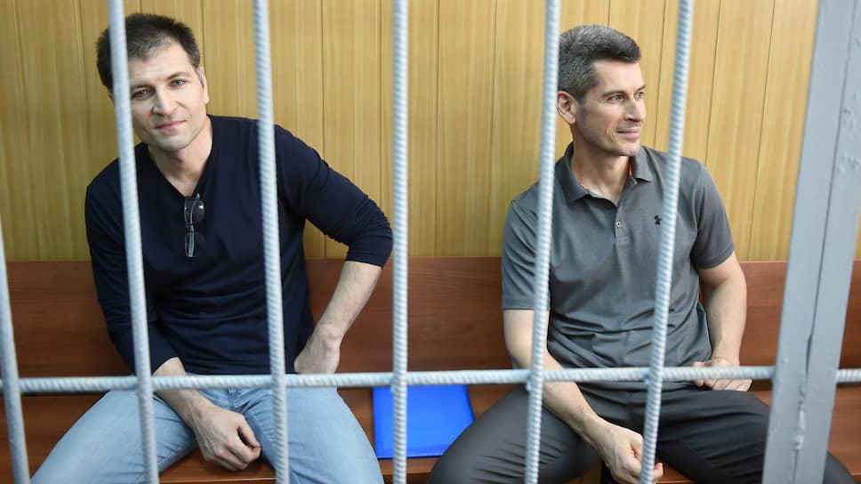 Совладельцы группы компаний «Сумма» Магомед Магомедов (слева) и Зиявудин Магомедов