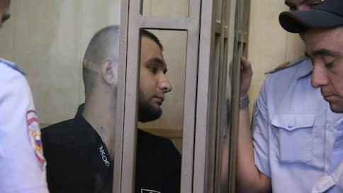Автобэтмена отправили на поселение  / Блогера приговорили за вымогательства у полицейских