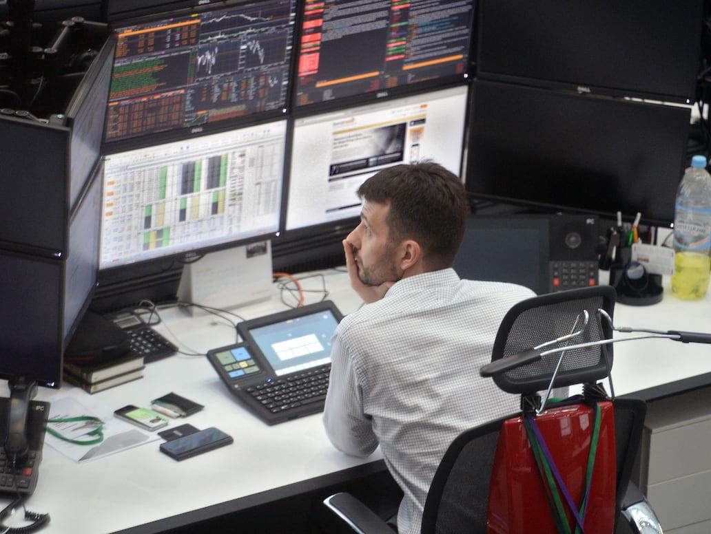 Бесконтактные инвестиции - Каким путем приходят в ПИФы