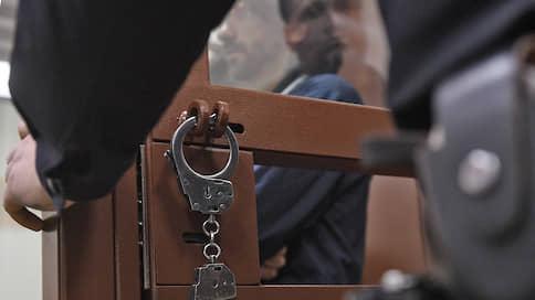 Дело Михаила Абызова тянут за границу  / По делу экс-министра заочно арестован и объявлен в международный розыск Константин Тян