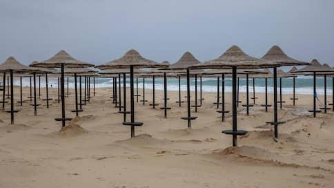 Египет отдыхает от туристов  / Популярные курорты остаются закрытыми