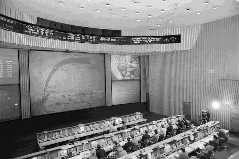 Работы велись круглосуточно. 2 июня 1955 года была объявлена оргштатная структура полигона (5-й НИИП).  Этот день и стал официальной датой создания полигона