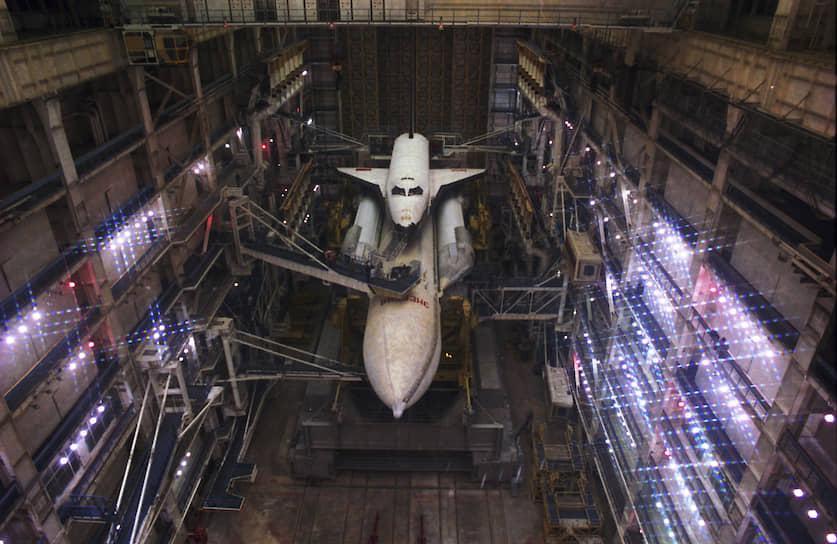 За полвека на Байконуре было запущено более 1500 космических аппаратов и более 100 межконтинентальных баллистических ракет, а также испытано около 40 основных типов ракет и более 80 типов и модификаций космических аппаратов