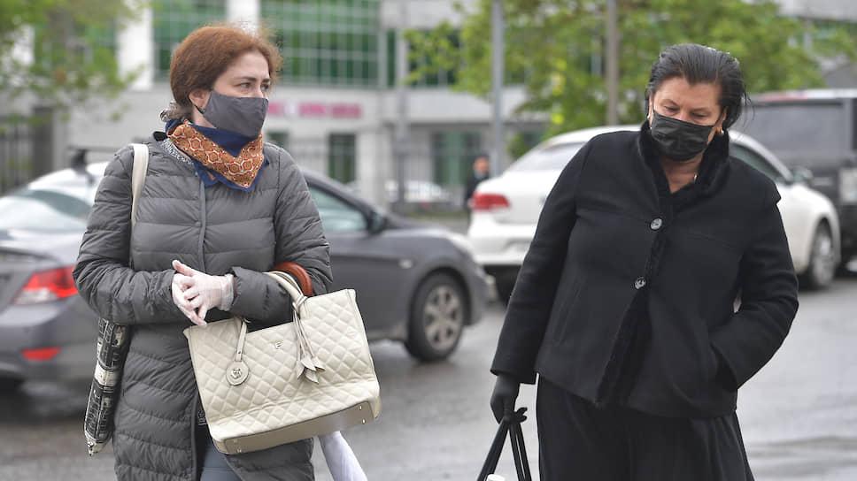 Софья Апфельбаум и ее адвокат Ирина Поверинова