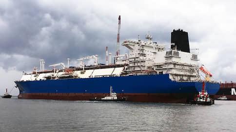 «Маршал Василевский» отправился в Индию  / «Газпром» использует танкер для поставки собственного СПГ