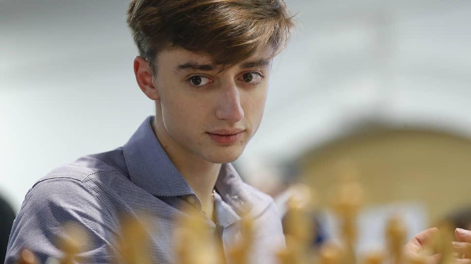 Шахматист Даниил Дубов