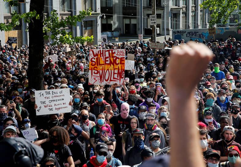 За время протестов в США было задержано более 4тыс. человек