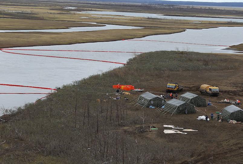 Президент Владимир Путин объявил аварию в Норильске чрезвычайной ситуацией федерального масштаба