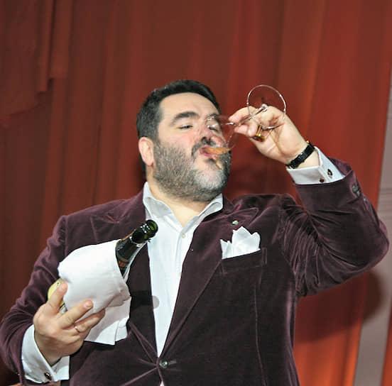 2006 год. Глава компании «Боско ди Чильеджи» в России Михаил Куснирович на приеме в честь открытия бутика Etro в ГУМе